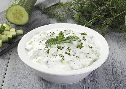 Foto Tzatziki met Turks brood